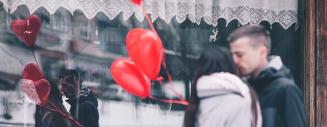 How to have a financially savvy Valentines Day